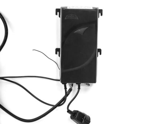MonLines MLS007B myTVLift Einbau TV Lift 37-65 Zoll, 837 mm Hub, schwarz, Anschlüsse